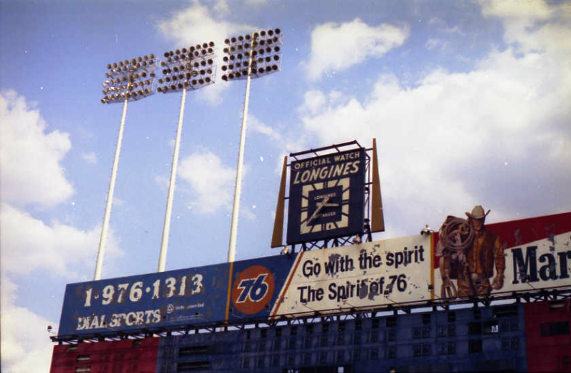 abandoned10-the-scoreboard-and-famous-clock