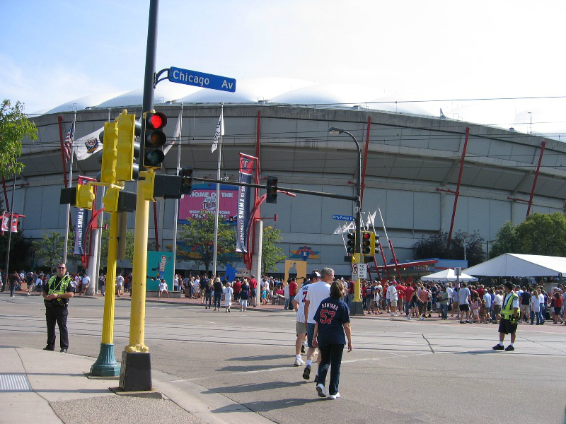 metrodome-main-gate-reduced