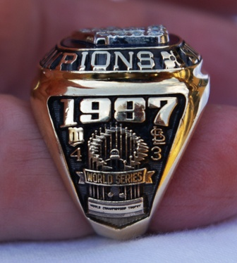 1987 Frank Viola World Series ring side view 2