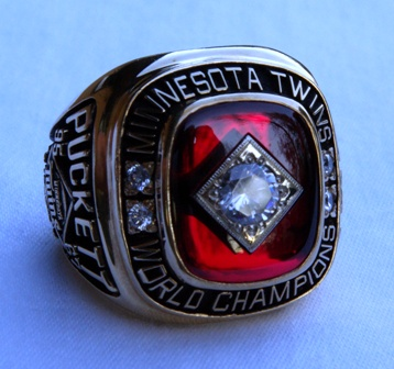 1991 Kirby Puckett World Series ring front view 1