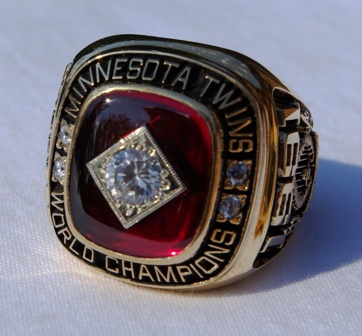 1991 Kirby Puckett World Series ring front view 2