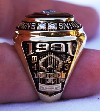 1991 Kirby Puckett World Series ring side view 1