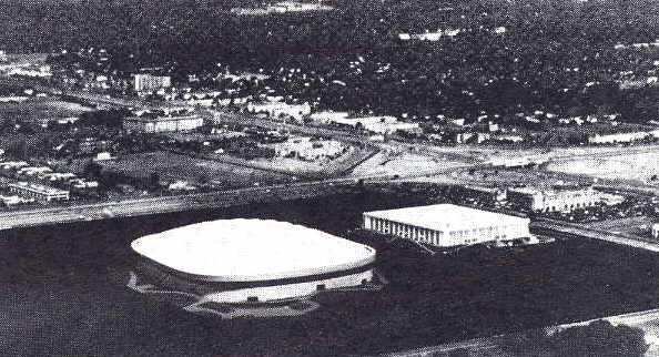 Met Stadium 24