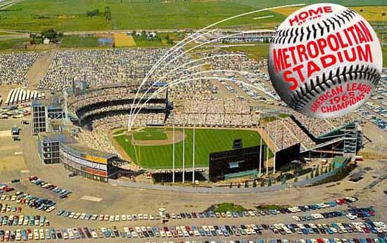Met stadium postcard