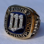 1987 World Series ring - frontal view