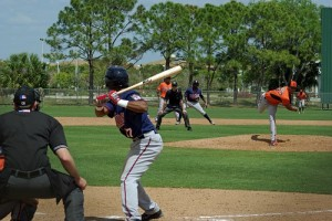 Jonatan Hinojosa batting during spring training 2014